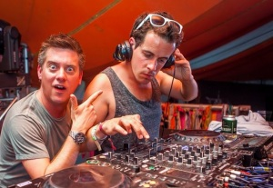 dic n dom DJ set Camp Bestival