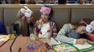 Pizza Hut Restaurants Review Daisy Is A Field Somewhere - Childrens birthday parties pizza hut